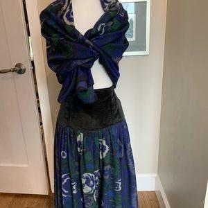 Laurel wool and velvet skirt and scarf